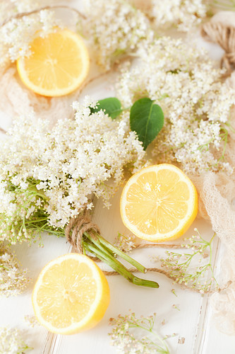 Fresh Elderflowers and Lemons