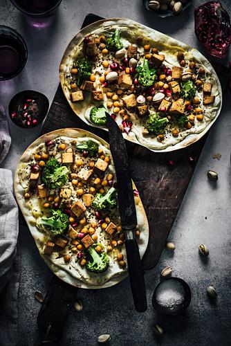 Tarte flambée with chickpeas, tofu and broccoli