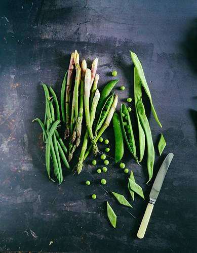 Green beans asparagus peas and flat beans taccole