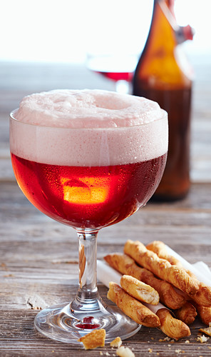 Berliner Weisse with raspberry syrup and wheat beer