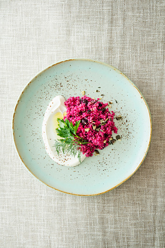 Couscous salad with beetroot, quinoa and sumach yoghurt (Levant cuisine)