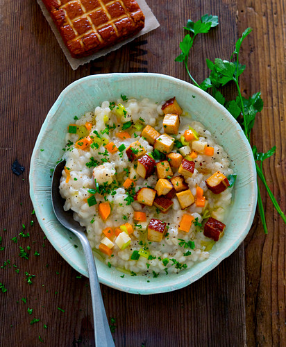 Risotto with vegetables and smoked tofu