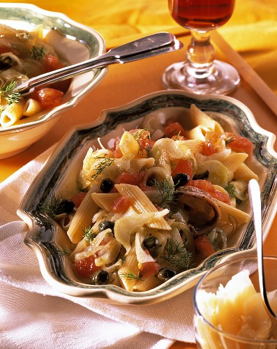 Pasta salad with anchovy fillets, capers, tomatoes & fennel