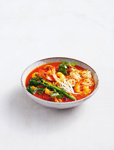 Better-for-you chicken and prawn laksa