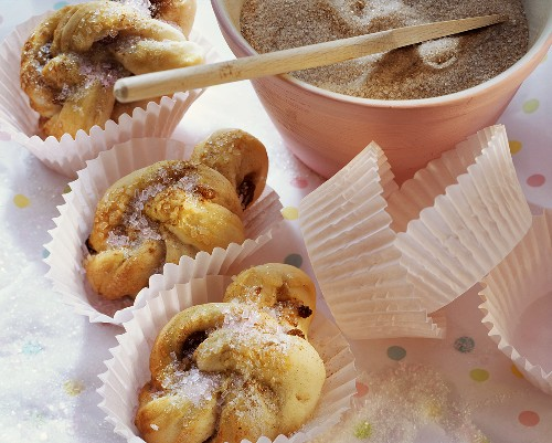 Swedish cinnamon rolls with raisins & granulated sugar