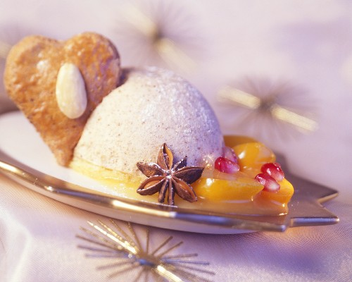 Gingerbread parfait with fruit and gingerbread heart