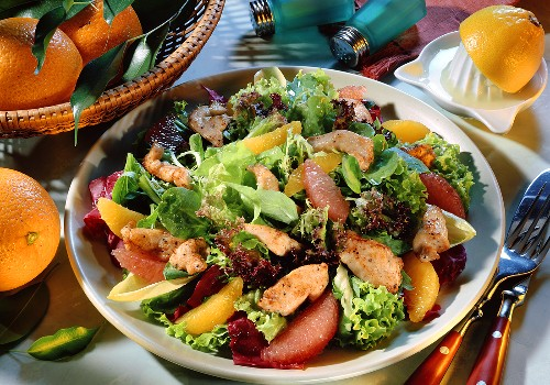 Mixed salad leaves with turkey breast fillet & orange segments