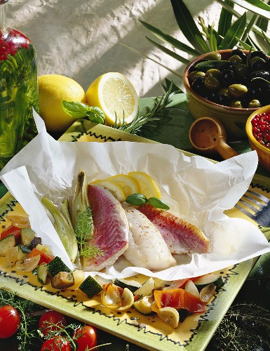 Triglie in cartoccio (red mullet baked in baking parchment)