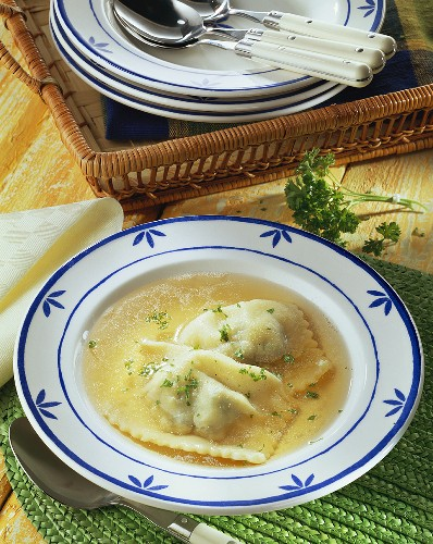 Bouillon with filled pasta parcels