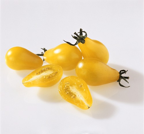 Yellow pear-shaped cocktail tomatoes