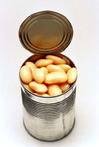 White beans in an opened tin