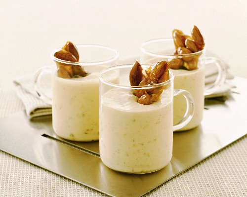 Almond dessert with almond caramel