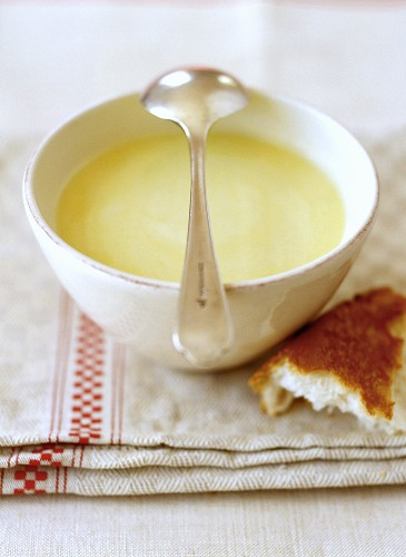 Ajo blanco (almond and garlic soup, Spain)