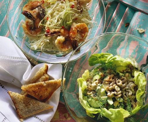 Pointed cabbage salad with jumbo prawns & shrimp salad