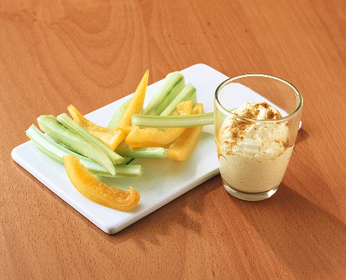 Vegetables with curry dip