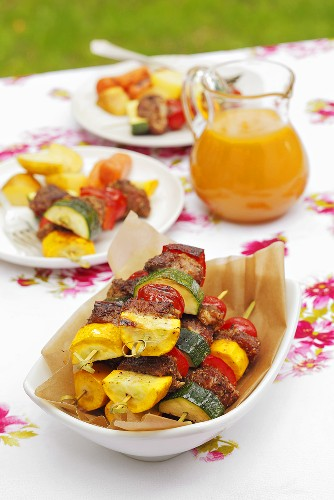Pork, tomato and courgette kebabs