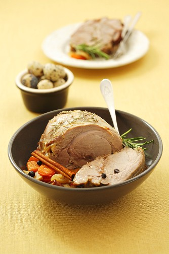 Roast veal with vegetables and rosemary