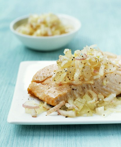 Salmon with aloe and shallot relish