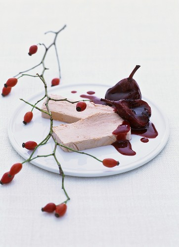 Rose hip parfait with pears in elderberry syrup, rose hips