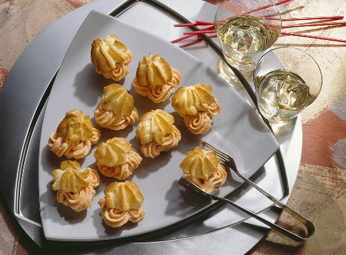 Cream-Puffs with Paprika Mousse