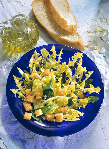 Dandelion Salad with Garlic Croutons