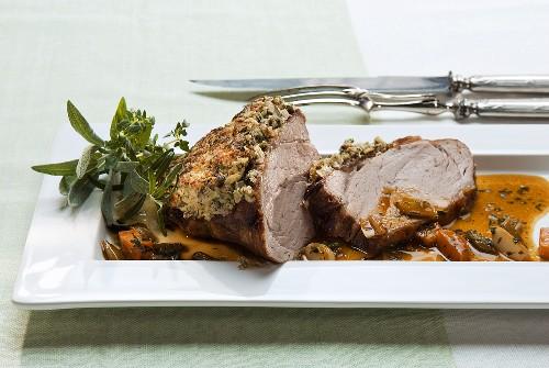 Arrosto di vitello alle nocciole (Roast veal with nuts)