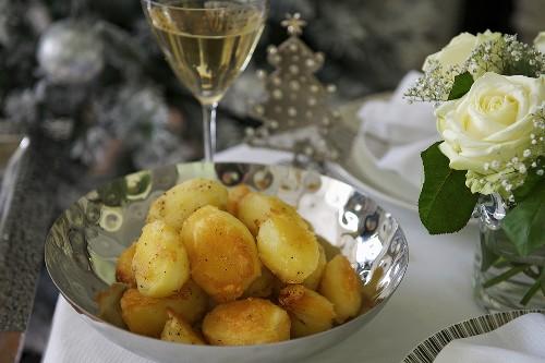 Roast potatoes (a side dish for Christmas)