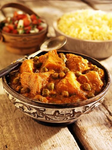 Aloo matar (potato and pea curry from India)