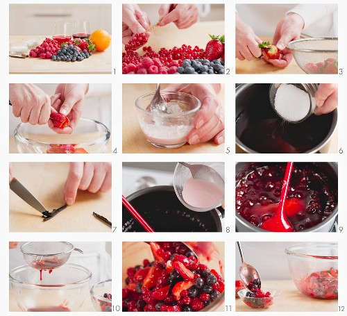 Making red berry compote
