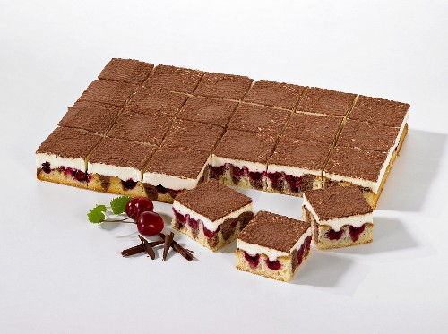 Donauwelle (Danube wave, German gateaux)