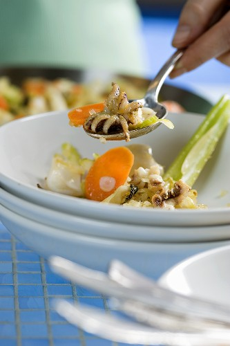 Calamaretti fritti (squid with a celery and carrot medley)