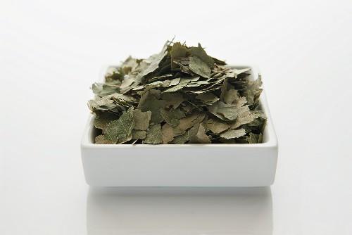 Birkenblätter (Betulae folium), getrocknet