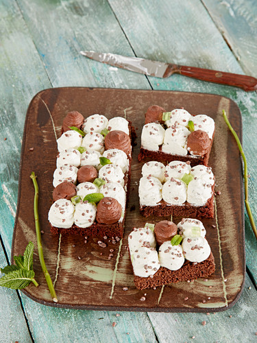 Chocolate and mint sesserts