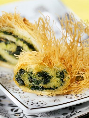 Kadaïf roll with herbs