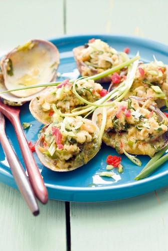 Stuffed littleneck clams