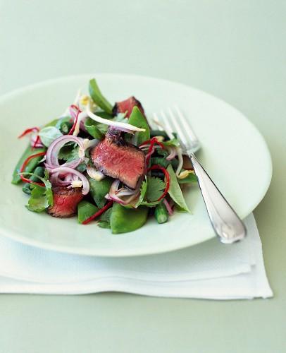 Sweet pea,gren bean and beef salad