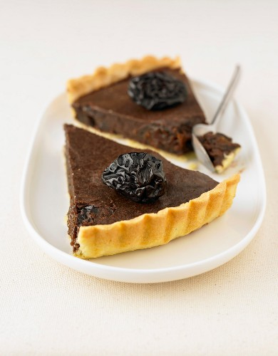 Chocolate and plum tart