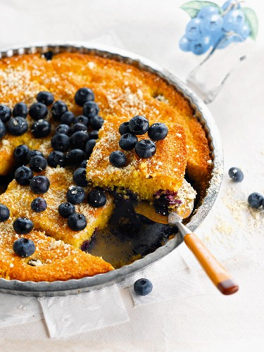 Blueberry and almond polenta pudding
