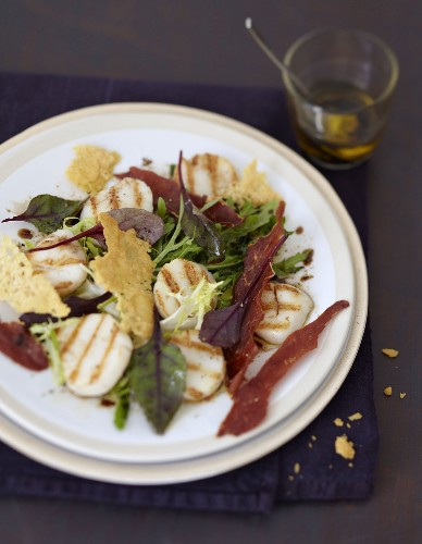 Grilled scallops, Parma ham and parmesan tuiles