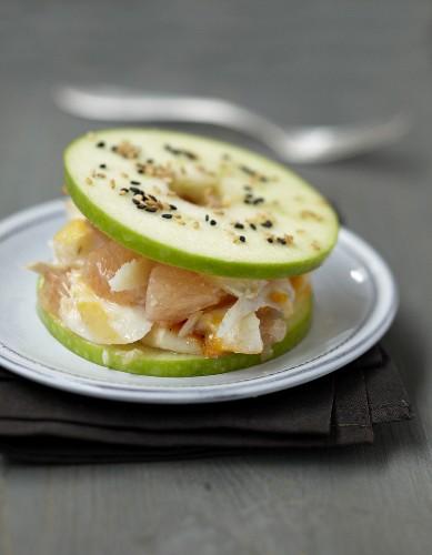 Apple,haddock and grapefruit small burger