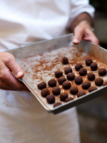 Ganach balls before coating with cocoa