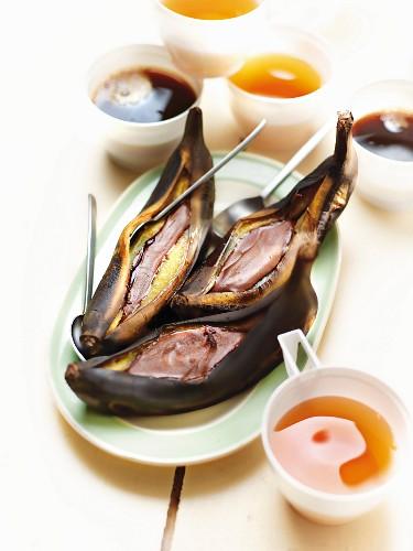 Chocolate bananas a la plancha for teatime