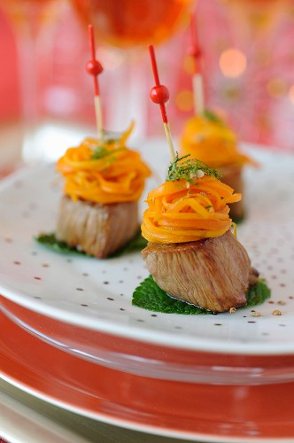 Roasted lamb and carrot honey nest bites for an aperitif