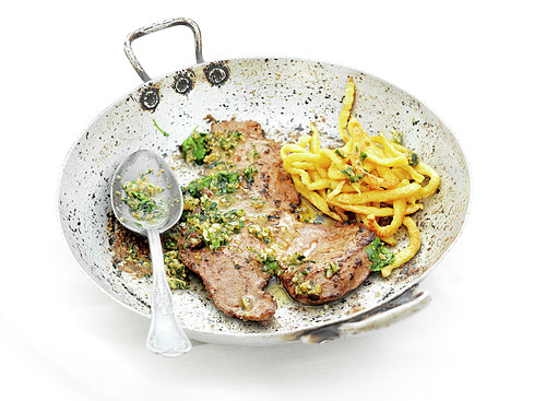 Pan-fried veal liver with parsley and Spaetzli