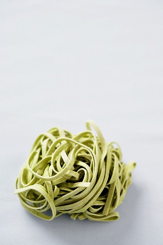 Dried Spinach Pasta Nest