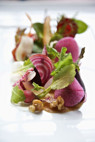 Organic Artisan Salad with Greens, Beets, Radishes and Walnuts