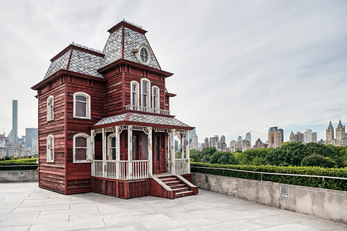 the house of Norman Bates from Alfred Hitchcock's movie Psycho as an art installation on the roof of the Metropolitan Museum of Art, view of the surrounding Central Park, 5th Ave, Manhattan, NYC, New York City, United States of America, USA, North America