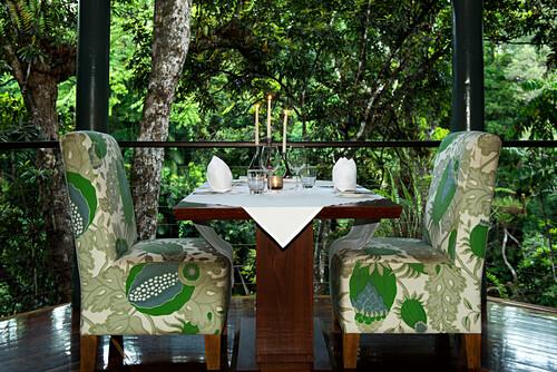 Der Jungle Perch hoch über dem Mossman River ist für intime Abenesse, Silky Oaks Lodge, Queensland, Australien