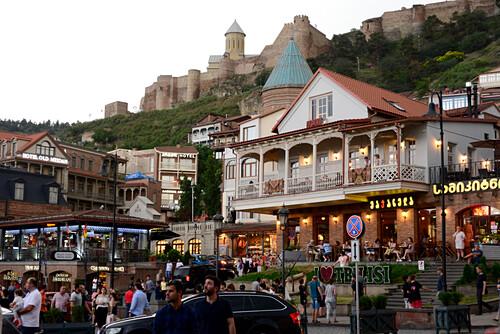 am Maidanplatz, Abends in der Altstadt Sololaki, Tiflis, Georgien