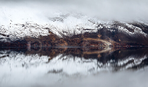 First snow in the Icelandic highlands at lake Öskjuvatn, reflection, Askja, Iceland